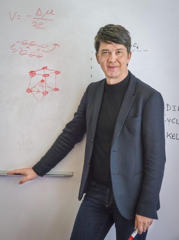 Berkeley Lab battery researcher Gerbrand Ceder (Credit: Roy Kaltschmidt/Berkeley Lab)